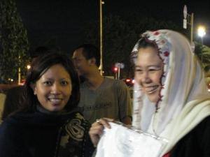 Omith bersama Yenni Wahid