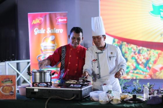 duel *eh* antara dua chef