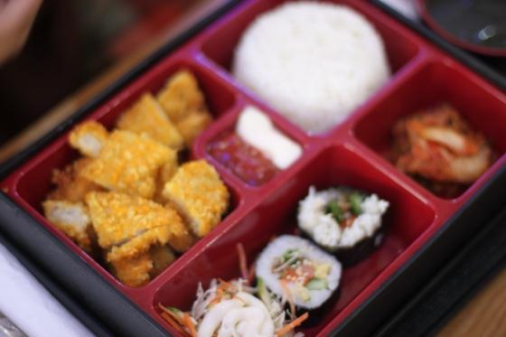 chicken set - Rp. 33.000,-