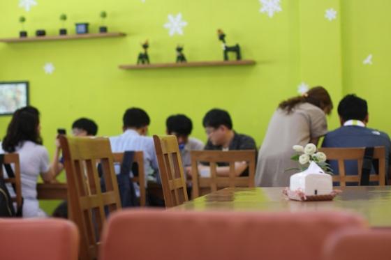 orang koreanya rame...
