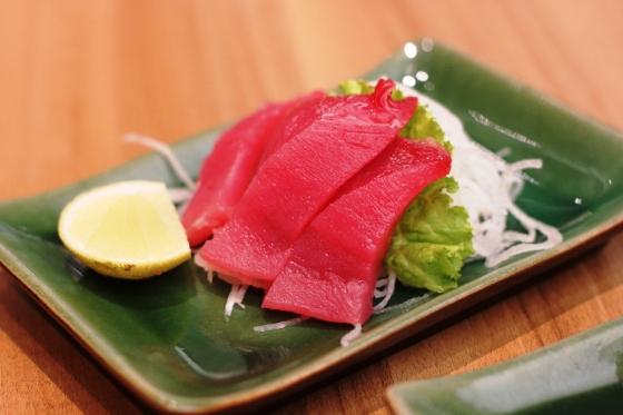 maguro sashimi - Rp. 28.000,-
