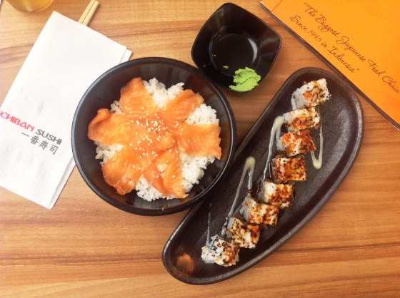 salmon donburi - Rp. 49.000,- skin salmon roll - Rp. 33.000,-