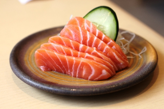 salmon sashimi - Rp. 49.000,-
