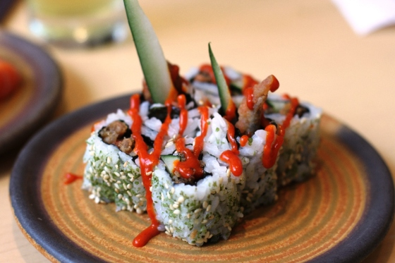 spicy salmon skin roll - Rp. 38.000,-