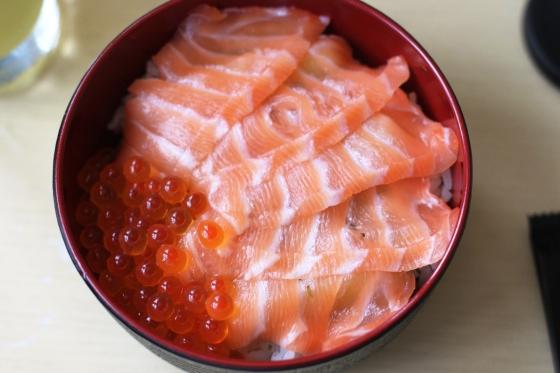 salmon don - Rp. 58.000,-