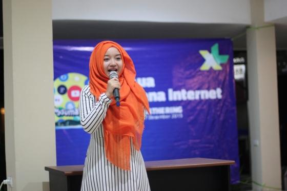 @windiseptiadewi berbagi tentang pengalamannya menggunakan internet untuk usahanya @teribajakmedan