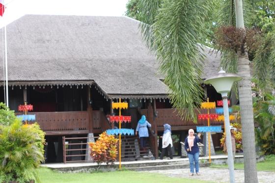 rumah adat belitung