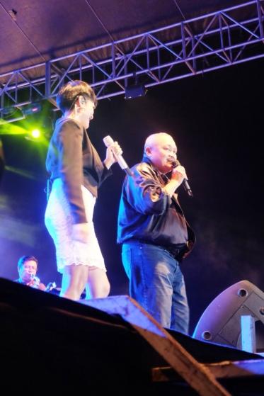 Gubernur Sumsel berduet dengan Lea Simanjuntak menyanyikan lagu Wonderful World
